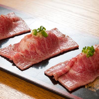 【熊本肥育】肉のみやべが厳選した特撰 霜降り 馬刺し