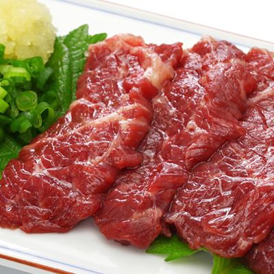 肉のみやべが厳選した馬刺し(ロースまたはヒレ)